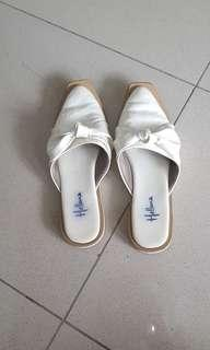 Aalesia flat shoes