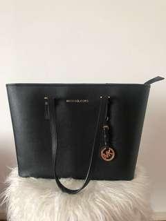 Michael Kors Set (Handbag & Wallet)