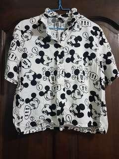 h&m mickey mouse graphic shirt