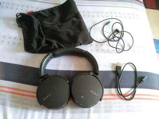 (Great Condition) Sony MDR-XB950N1 Bluetooth Headphones