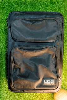 UDG Dj bag for Traktor Kontrol S4 Controller