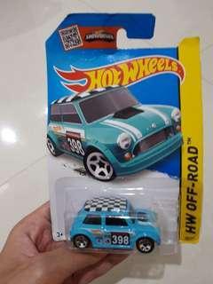 Hot Wheels Off-Road Morris Mini