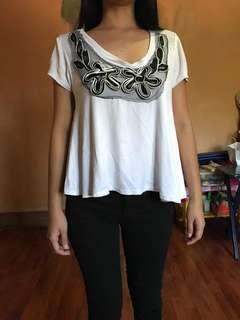 White loose top