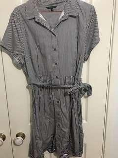 Portmans Size 16 Stripped Lace Dress with Pockets