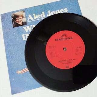 Vinyl Record Aled Jones Walking In The Air