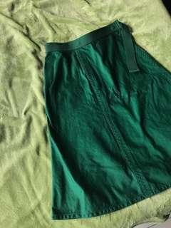 UNIQLO Beautiful Green Skirt