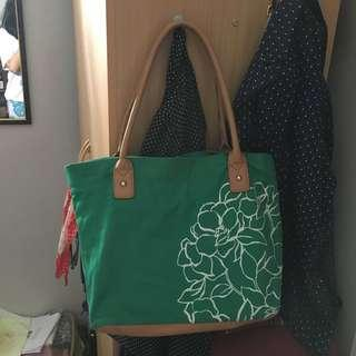 Green Shoulder (Shopper/Tote) Bag by Minicci (Payless Shoesource)