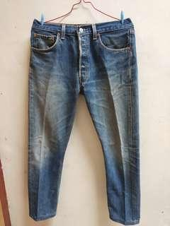 Celana Jeans Levi's 501 original made in USA