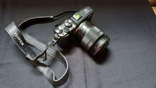 Fujifilm X-M1 mirrorless, mulus jarang digunakan.