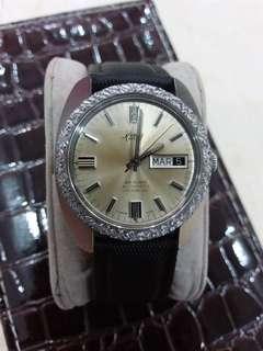 Vintage rare Renis swiss automatic watch