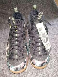 🚚 Nike Foamposite camo