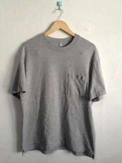 Uniqlo Pocket tee