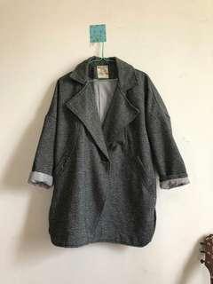 🚚 繭形大衣