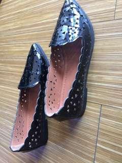 H2O flat shoes