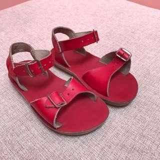 Red saltwater sandals for girls size 9