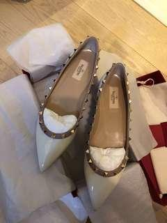 Valentino Shoes 100% real and new Size 40