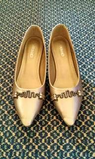 (Inc postage) Low heels