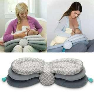 🚚 Nursing Pillow