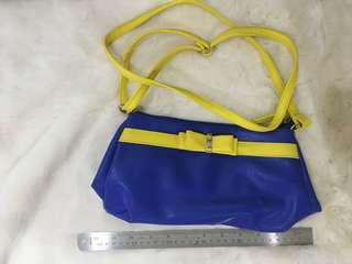 Egg blue and yellow shoulder bag