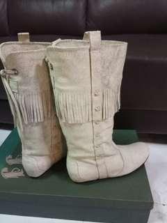 JJ's 灰白色~潮Boots(蘇蘇Fringe_内高踭)
