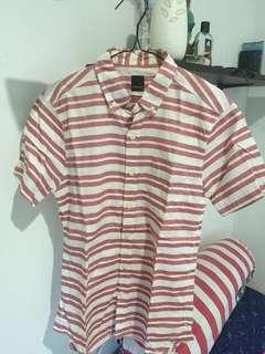 Kemeja stripe merah Tira Jeans