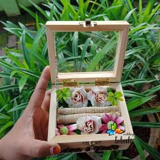 Ringbox Wooden Box