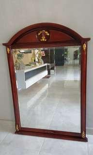 Nice Design Dressing table & mirror (2pcs) set  to let go!