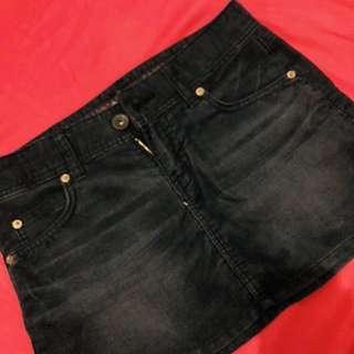 Corduroy black mini skirt