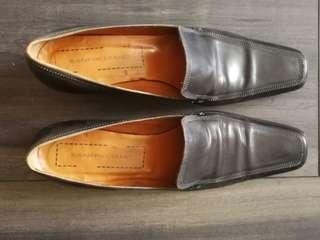 🚚 Black Italian Brand Loafers