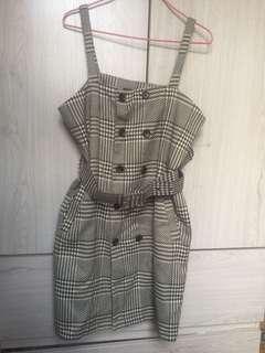 Buttoned plaid dress