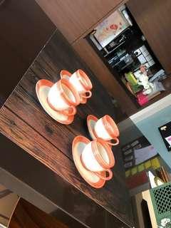 🚚 Coffee and tea cups