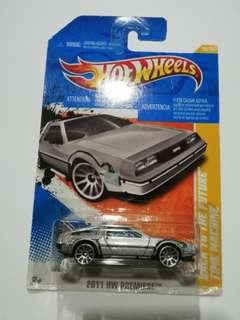 Hit Wheels 2011 HW Premiere Back To The Futre Time Machine