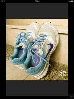 🚚 Nike運動鞋24.5