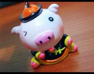 🐖豬年行大運 可愛小豬🐷PIG造型公仔鑰匙圈~鑰匙扣環是★星星造型