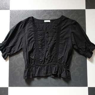 日本品牌 Earth Music & Ecology Premium 黑色波浪邊 上衣