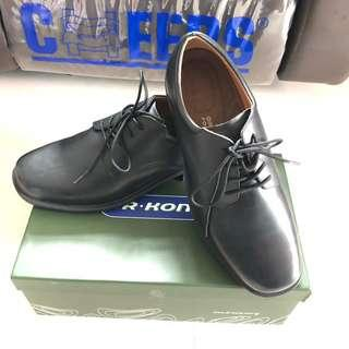 Dr Kong 真皮 皮鞋