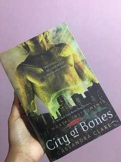 CITY OF BONES / CASSANDRA CLARE