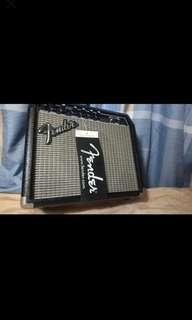 FENDER FRONTMAN 15G amplifier 📢