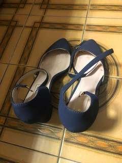 🚚 深藍綁帶高跟鞋39號