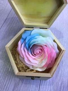 木盒七彩香皂花 情人節禮物