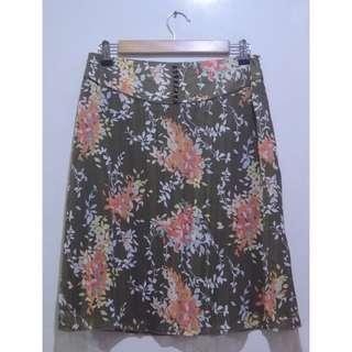 SUZUYA Floral A-line Midi Pleat Chiffon Sheer Skirt