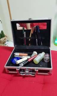 Mini Travel Make up kit with free old make up