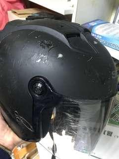 🚚 可以感受到人情事故的安全帽