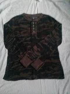 [Pre-loved] ARMY NAVY Camouflage Top