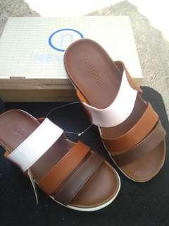 Sandal santai pria