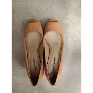 Sepatu Hushpuppies