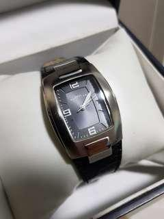 🚚 Kenneth Cole watch for ladies with black strap