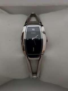 🚚 Guess Watch for ladies with stainless steel