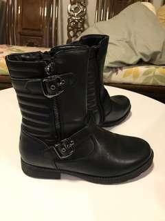 Dr.Kong 女裝99%新淨,全真皮短靴一對