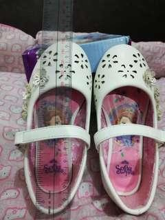 Preloved Ballet Flats (Sofia the first) White Size EUR24